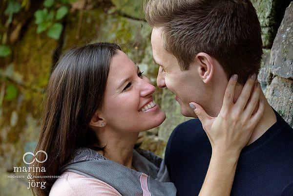 romantisches Engagement Paar-Fotoshooting bei Marburg - Hochzeitsfotografie Marburg