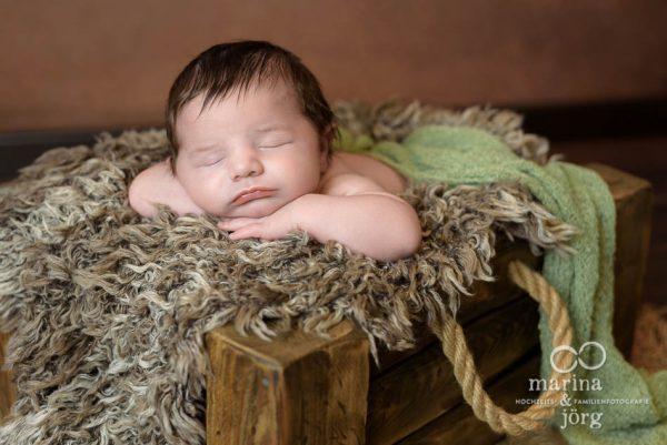 Marina und Jörg - Babygalerie Wetzlar: professionelle Neugeborenenfotos von den Neugeborenenfotografen aus Gießen