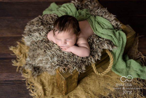 Babyfotograf Gießen: professionelles Neugeborenen-Fotoshooting in der Nähe von Gießen - Babygalerie