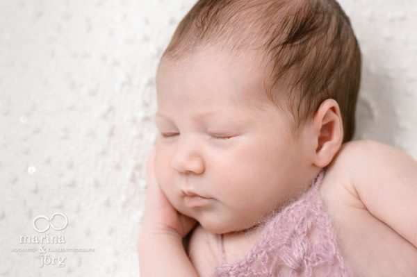 Babyfotograf Marburg, Babygalerie: professionelles Neugeborenen-Fotoshooting