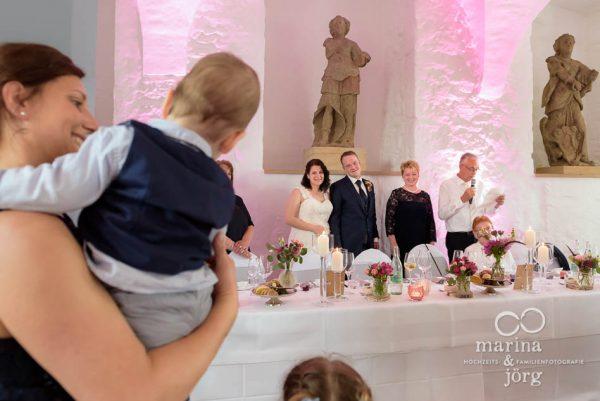 Hochzeitsfotos Schloss Butzbach - Rede der Eltern - Marina & Jörg, Fotografen-Paar für eure Hochzeit in Gießen