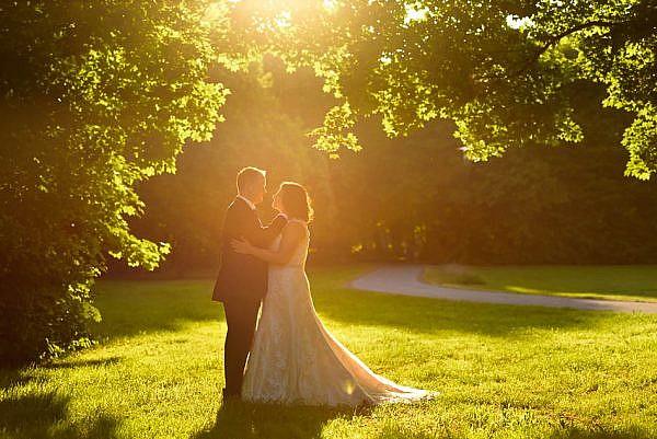 Marina & Jörg, Hochzeitsfotografen für Gießen: natürliche und romantische Hochzeitsfotos - After-Wedding-Fotoshooting