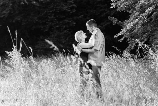 Marina und Joerg, Hochzeits-Fotografen Giessen: Liebe zueinander sichtbar gemacht in romantischen Paarfotos