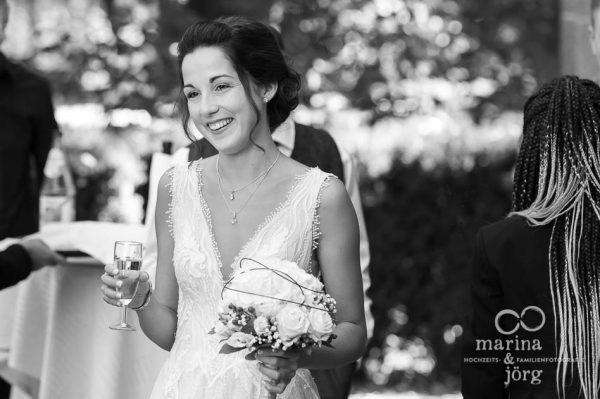 Fotograf Gießen - Hochzeitsreportage: Eindrücke beim Sektempfang
