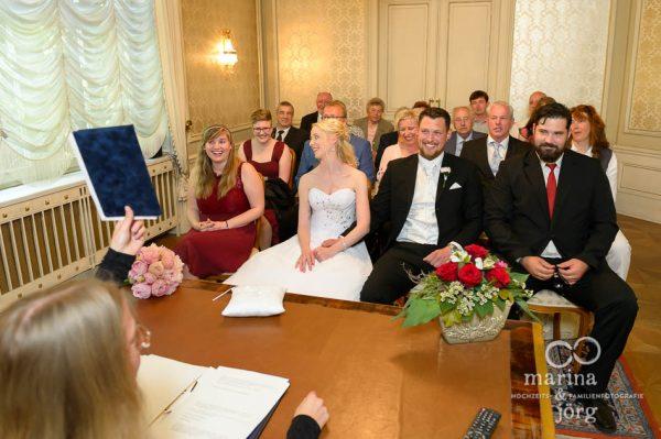 Hochzeitsreportage im Standesamt Gießen - Villa Leutert