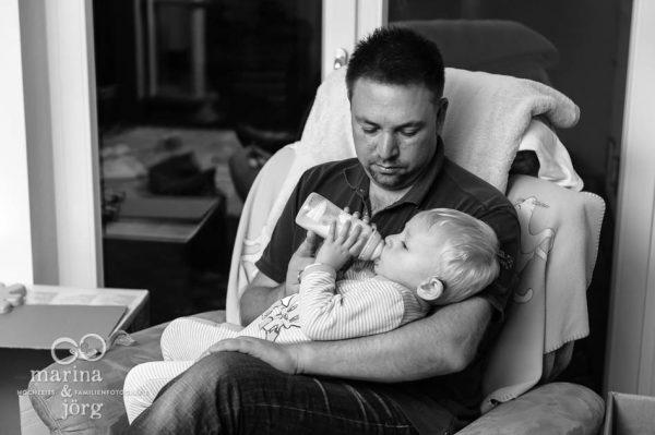 ungestellte Familienfotos vom echten Familienleben - Familienfotografen