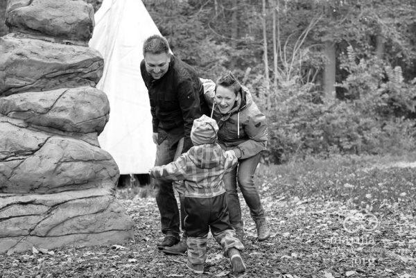 ungestellte und lebendige Familienfotos - Familienfotograf Gießen